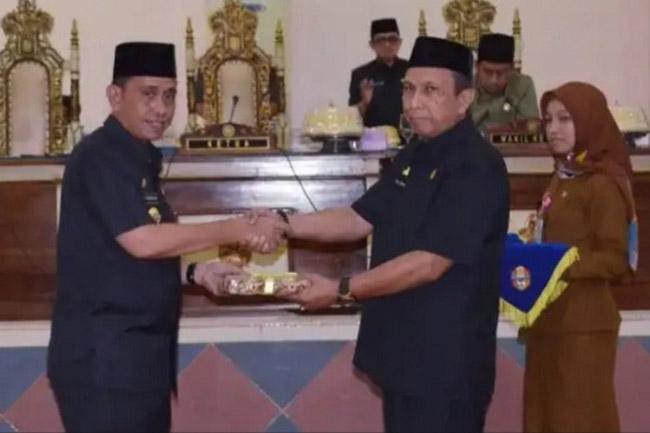 Bupati Wajo Sampaikan Raperda Pertanggungjawaban APBD 2018